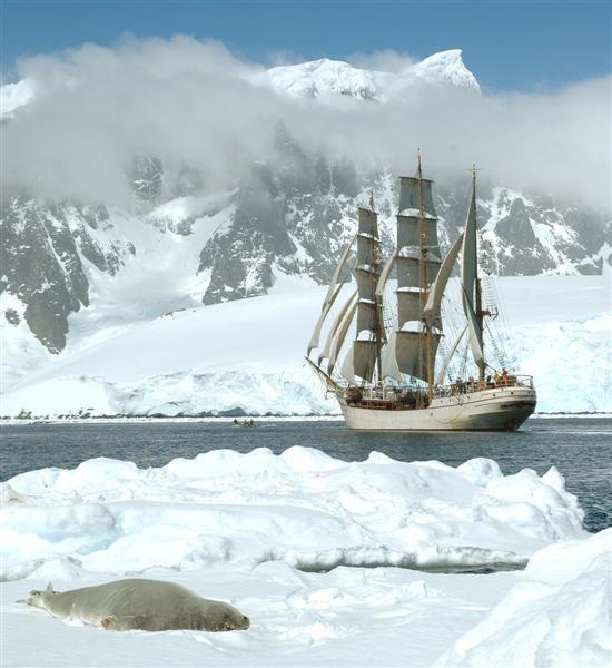 Sailing Antarctica!