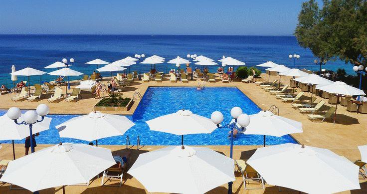 Mhares Sea Club – #Llucmajor #mallorca #beachclub
