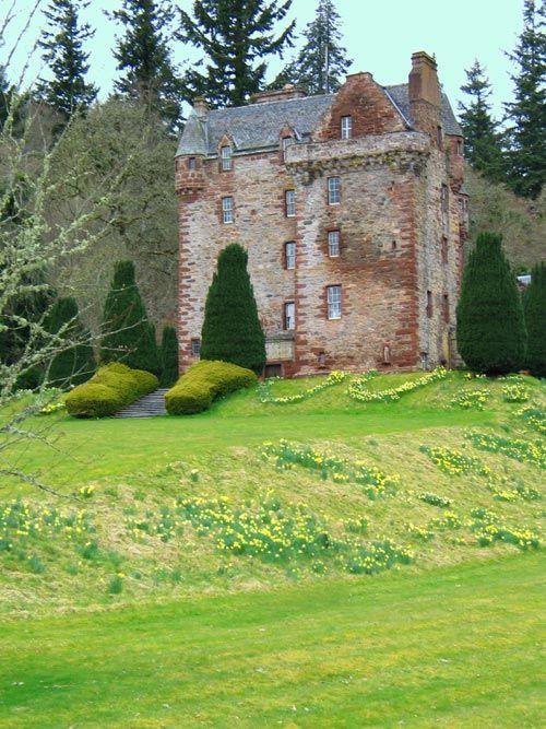 Castle Leod, Inverness. Diana Gabaldon used it as an inspiration for Castle Leoch in the Outlander saga.