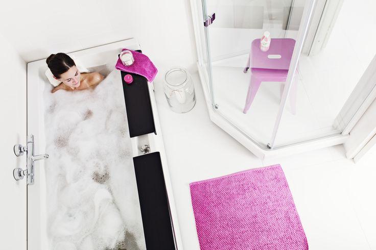 IDO Seven D Image -ammeen kylpysyvyys on peräti 450 mm. Etureuna on silti normaalikorkeudella.