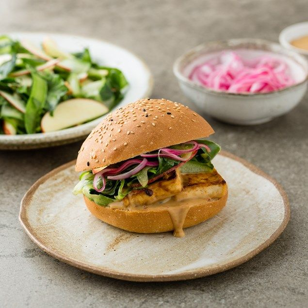 Satay tofu burgers with pickled onion and chilli jam