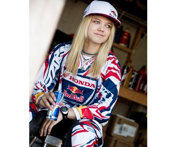 Η πρωταθλήτρια motocross Ashley Fiolek αποκαλύπτει στο Μαμα Πειναω τα μυστικά της διατροφής της