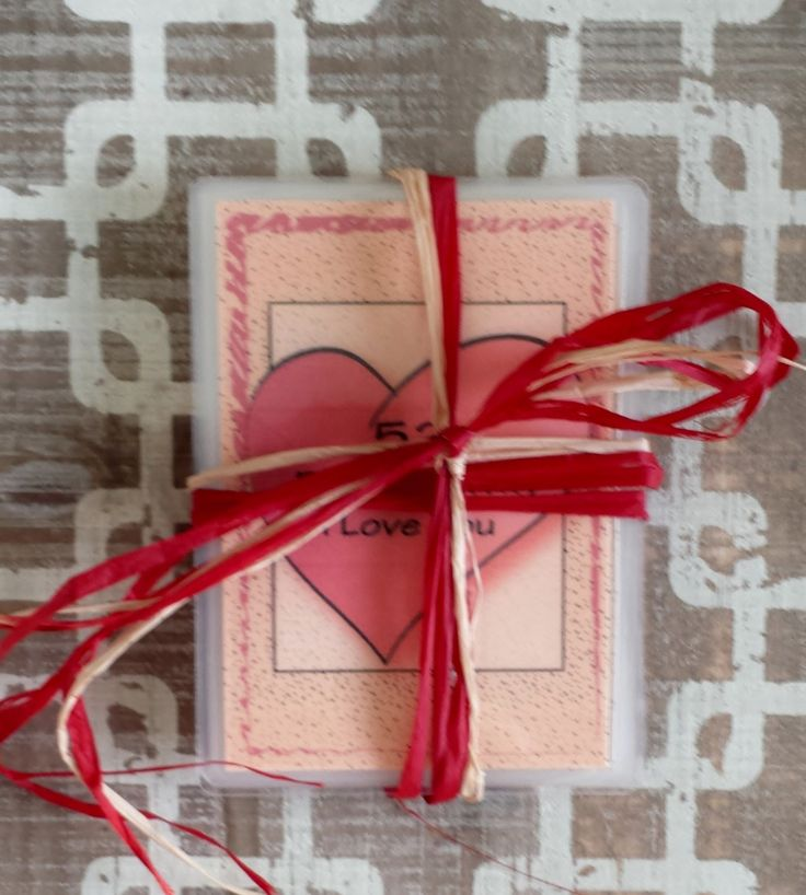 best 25 romantic christmas gifts ideas on pinterest. Black Bedroom Furniture Sets. Home Design Ideas