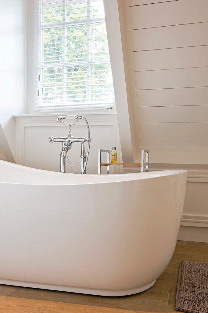 Interieur detail vrijstaande badkuip ‹ Voh Fotografie