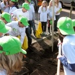 National Tree-planting-day. Aimed at young children. Municipality Voorschoten. Design by Spore Creation