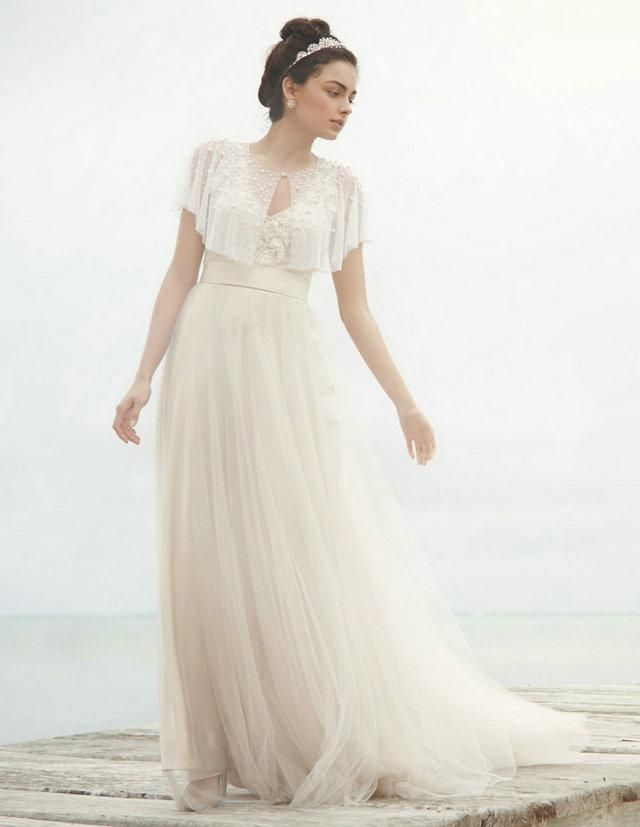 1000  ideas about Wedding Dresses For Cheap on Pinterest  Wedding ...