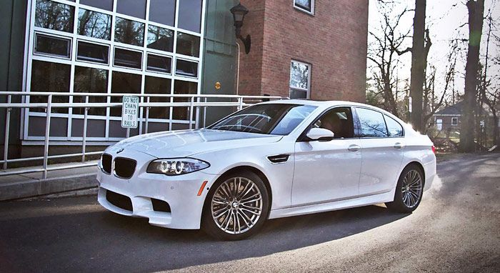Modifikasi BMW M5 Bertenaga 700 HP Hasil Karya Switzer