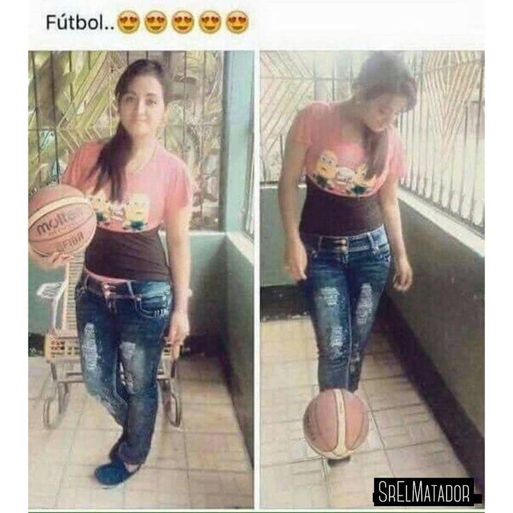 Tu novia la experta en fútbol. -  #copaamericacentenario estu...........pida