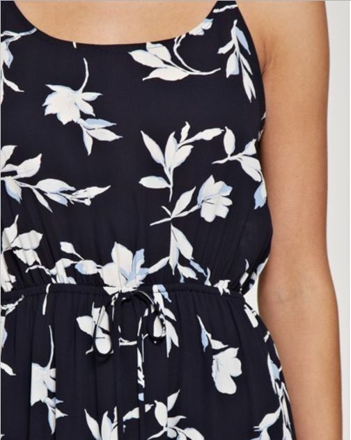 NAVY MAXI DRESS WITH IVORY FLORAL DETAIL