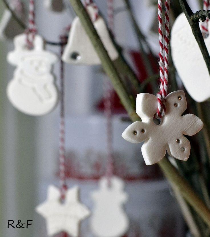 Hófehér karácsonyi díszek | Retikül és fűszerdoboz