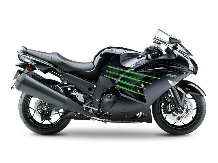 De ZZR1400 is Kawasaki's vaandeldrager als ultieme sporttoerder en hogesnelheidskanon in één, en is het afgelopen jaar nog eens grondig vernieuwd.Een technisch hoogstandje is het feit dat de prestaties op hetzelfde hoge niveau zijn gehouden (210pk met RAM air), maar dat de motor nu wel aan de strenge Euro4 normen weet te voldoen.Voor de veeleisende rijder die gewoon alles wil: comfort én een allesverpletterende acceleratie in combinatie met geavanceerde elektronische