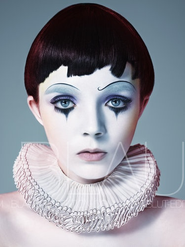 Photographer: Dirk Lambrechts / Blaublut Edition #blaublut #blaublutedition #photography #photo #image #art #model #dirklambrechts