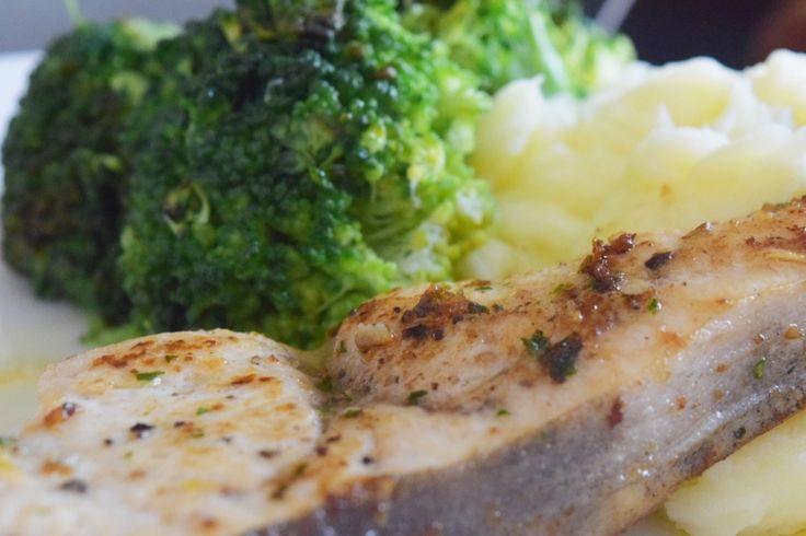 Lemon-butter swordfish in a skillet