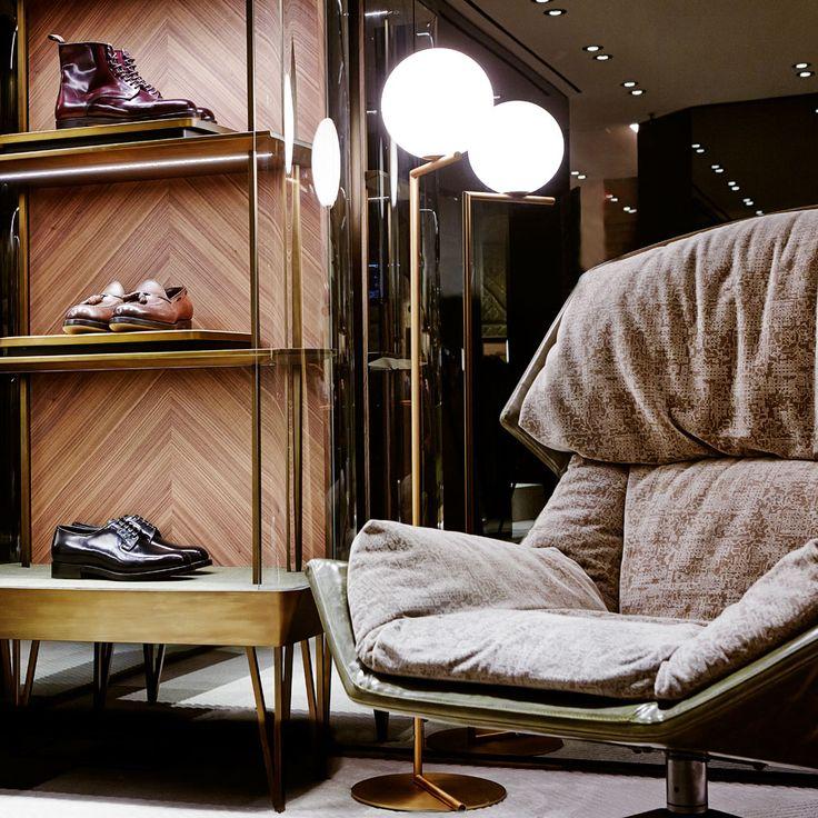 Madison Avenue boutique - New York. Design by Patricia Urquiola  #santoni  #Moroso #Flos