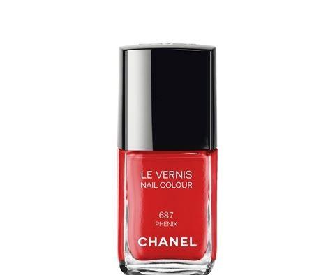 Chanel presenta il Make Up Natale 2014 con Labbra e Unghie in primo piano Chanel Make Up Natale 2014 smalto rosso