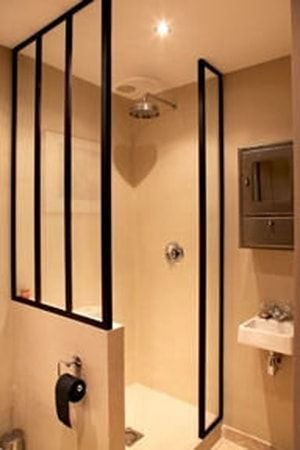 1000 ideas about paroi douche on pinterest pare baignoire plan vasque and mitigeur. Black Bedroom Furniture Sets. Home Design Ideas