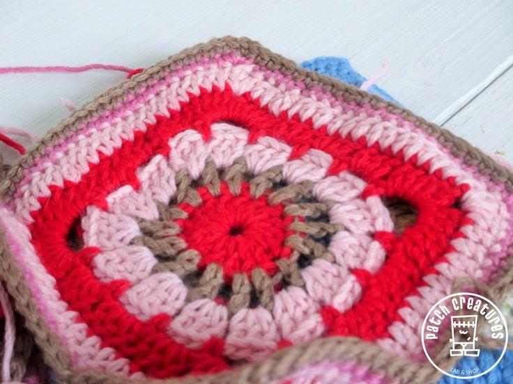 Ganchillo en rosa y rojo