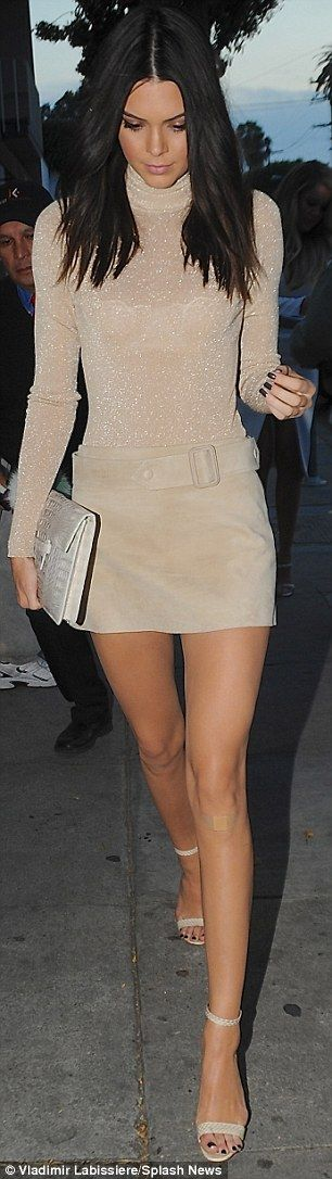 Kylie Jenner, 17, steps out in inappropriate getup for dinner #dailymail