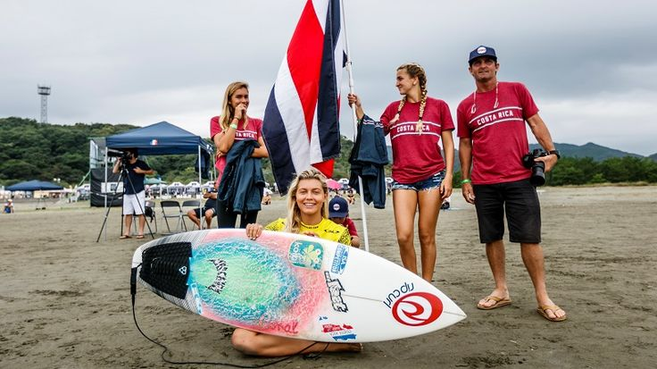Costa Rican surfer, Leilani McGonagle of Playa Pavones won the silver in the Junior World Surfing Championship in Japan. http://surfingcr.net/stage/index.php/2017/10/01/leilani-mcgonagle-es-la-nueva-sub-campeona-mundial-de-surf/