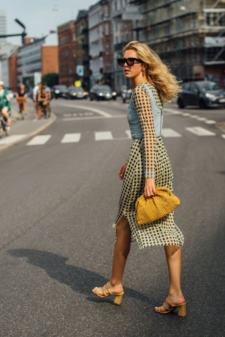 The Best Street Style Looks from Copenhagen Fashion Week SS21 in 2021 | Cool street fashion, Copenhagen street style, Street style summer outfits