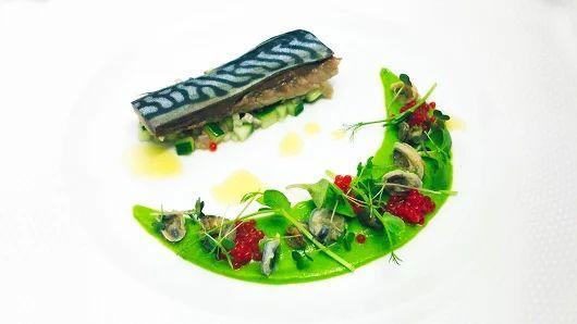 #MustTry  Σκουμπρί Κονφί με πουρέ αρακά, ταρτάρ από αγγούρι, λαδολέμονο αρωματισμένο με λάιμ , χαβιάρι κόκκινης πιπεριάς, χοχλιούς θαλάσσης και πεταλίδες.     Scorpaena Fish  Confit with pea puree, cucumber tartar, lemon oil flavored with lime, red pepper caviar, sea snails and limpets.   Σας περιμένουμε να το ανακαλύψετε !  Reservations: 2241070688 #Rhodes #Greece #OnTripAdvisor  #newmenu #gastronomia #creativecuisine