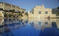 Το 425 π.Χ., στα χρόνια του Πελοποννησιακού Πολέμου, ο κόλπος της Πύλου, το ιδανικό αυτό φυσικό λιμάνι, βρέθηκε άλλη μια φορά στο προσκήνιο της ιστορίας. Το έβδ...