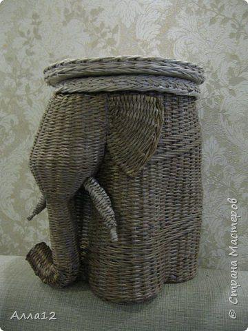 Поделка изделие Папье-маше Плетение Слон - столик минибар И еще кое-что Бумага Материал бросовый Трубочки бумажные фото 2