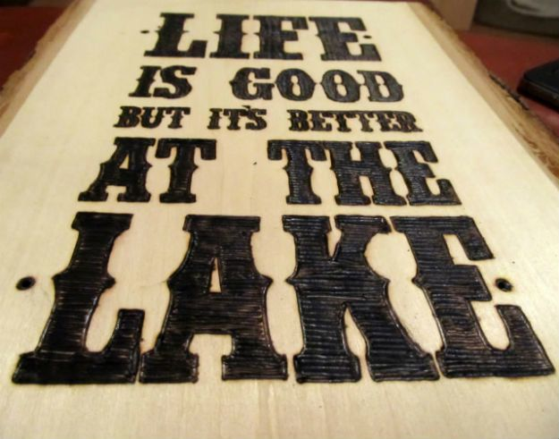 Wood Burning! DIY Wood Burned Sign | Best Do It Yourself Projects For Men http://diyready.com/15-diy-wood-burning-projects-wood-burning-art/