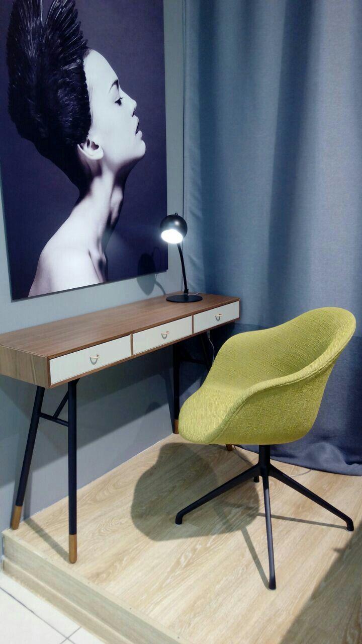 bo concept lyon cool boconcept lyon centre photo for boconcept decor steals boconcept lyon with. Black Bedroom Furniture Sets. Home Design Ideas
