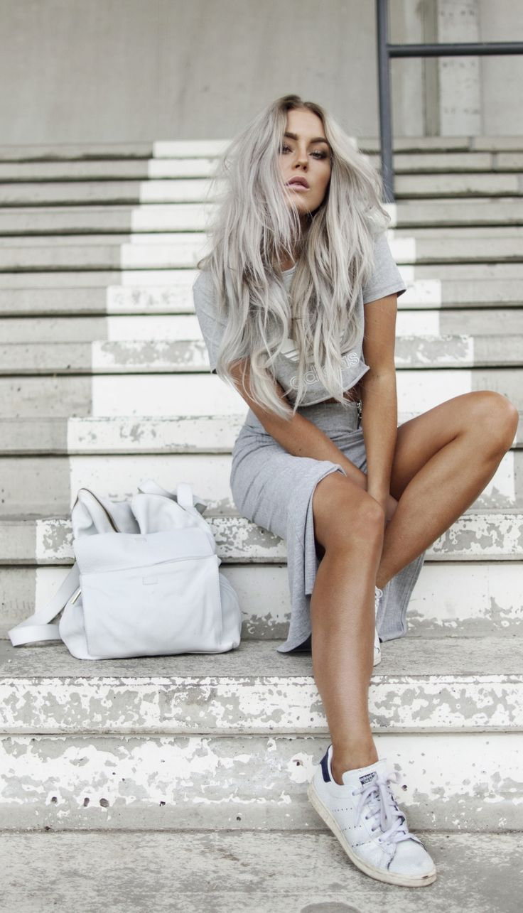 This grey outfit and matching hair... Via Angelica Blick Skirt: Gina Tricot, Bag: Asos, Sneakers: Adidas, Top from Adidas