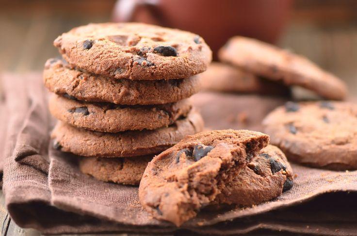 Ricetta biscotti integrali senza burro - una ricetta semplice e genuina per realizzare dei deliziosi biscotti con farina integrale senza utilizzare il burro