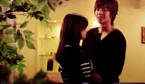 playful kiss | this scene was soo cute  <3 <3