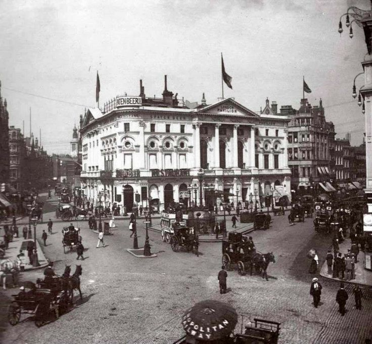 Piccadilly Circus in 1894