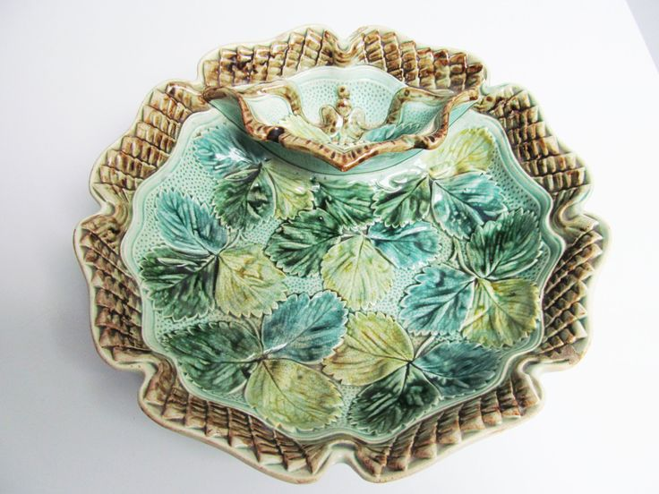 Antique Ceramic Majolica strawberry bowl platter strawberry leaves decoration green brown Belgium Wasmuel strawberry dish barbotine by EbyVintage on Etsy