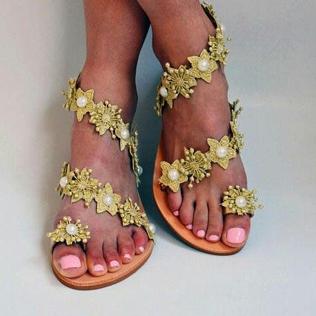 Our new marvelous, unique Golden flower lace and pearls sandals. So proud of these beauties! Do you love them too?