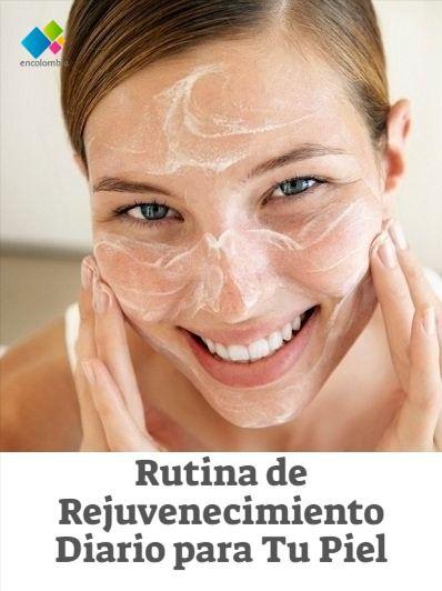 ¿Por qué es importante limpiar la piel diariamente? ¿Espumas limpiadoras? Día a día la piel acumula impurezas, polvo, contaminación de la calle, sudor, grasa, toxinas, células muertas y maquillaje. Limpiar tu piel todos los días hará que se conserve joven, sana y bella, ya que los poros permanecerán limpios y podrán respirar tranquilamente, así mismo al retirar las células muertas permitirás la renovación de la piel. Make Up, Fashion, Beauty Tips, Routine, Skin Care, Fat, Street, Diary Book, Exercises