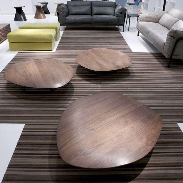 17 meilleures id es propos de table basse galet sur. Black Bedroom Furniture Sets. Home Design Ideas