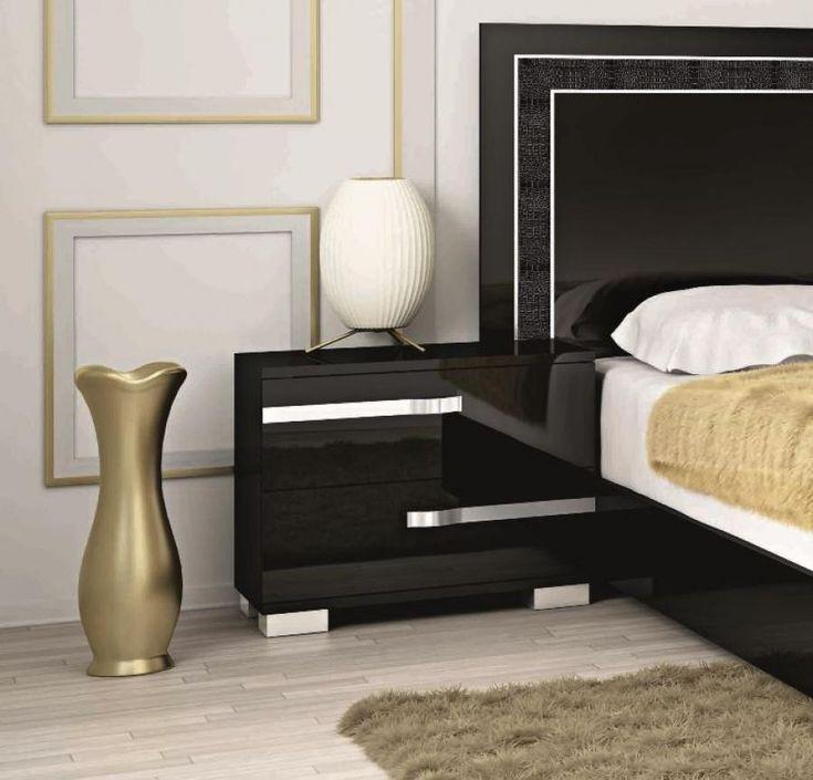 Sleek black nightstand with metallic tones for the modern bedroom   www.bocadolobo.com #bocadolobo #luxuryfurniture #exclusivedesign #interiodesign #designideas #bedroomdesign #bedroomideas #nightstandsideas #bedsidetables