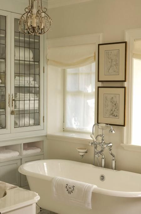 Paris Style Bathroom Decor: 22 Best Parisian Inspired Bathrooms Images On Pinterest