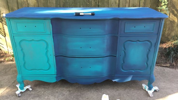 Blue Painted Furniture: Your Blended Paint Inspiration ~Thea   – Projects to Try