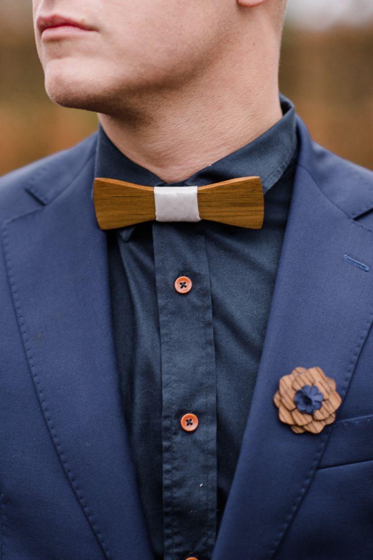Wenn Hochzeitsmärchen wahr werden Photography: Alexandra Vonk Groomsuit: Diya Custom Suits Bowtie: VanHout