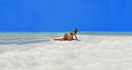 Lose track of time and join our sandbank tours & cruises ! info : www.cruise-maldives.com #Maldives #Friday #sandbank #escape #holidays #alone #model