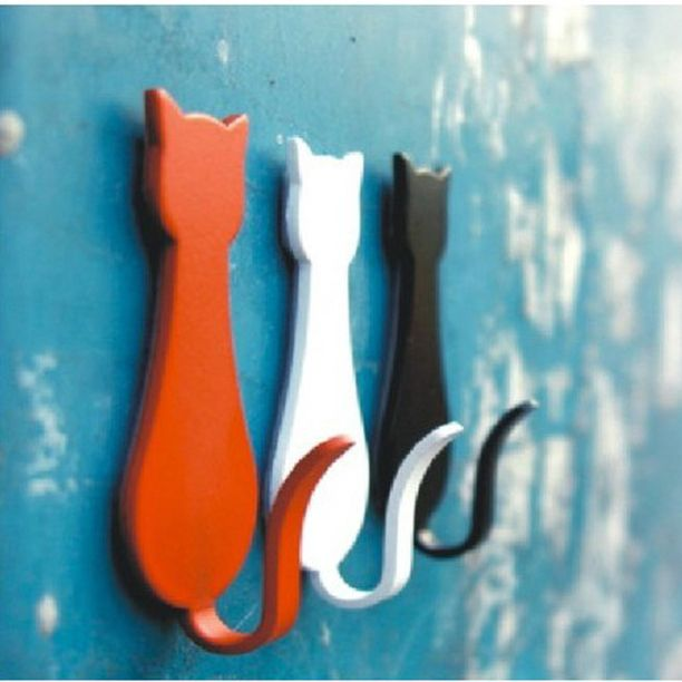 Love this - cartoon kitty hooks for the home.