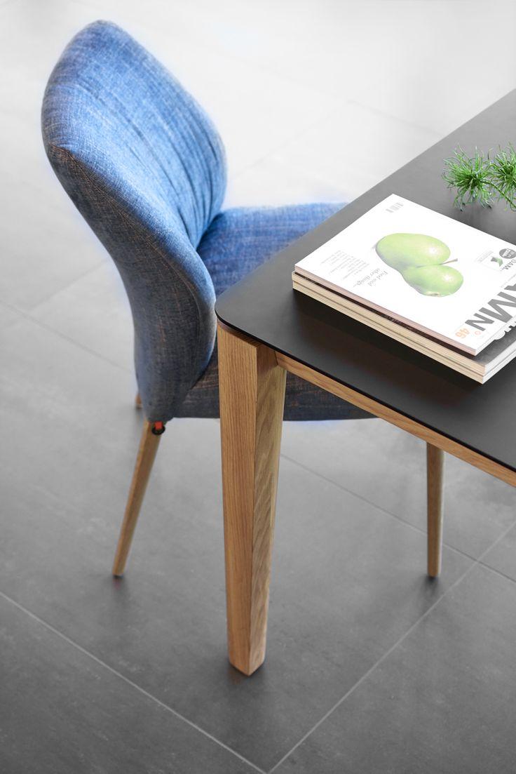 Collectie Prima-Lux en Idee+: prachtige combinatie van stoel en tafel met houten poot