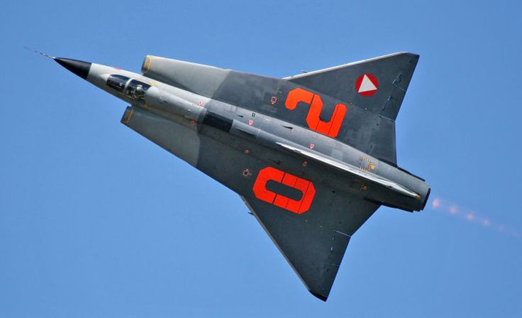 The Swedes make some amazing flying machines, like the Saab 35 Draken photographed above by Tony Osborne, London Bureau Chief for Aviation Week. It's so striking it doesn't even seem real. It feels more like a space fighter than a plane from Earth. Check out this gallery.