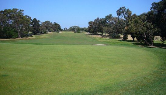 2 for 1 golf at the stunning Cheltenham Golf Club. Enjoy this open course with a mate while only paying for one! #golf #golf2for1 #golfvic
