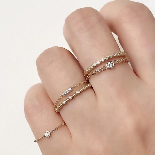 Chain rings and delicate eternity bands are our favorite go-to... #jewels