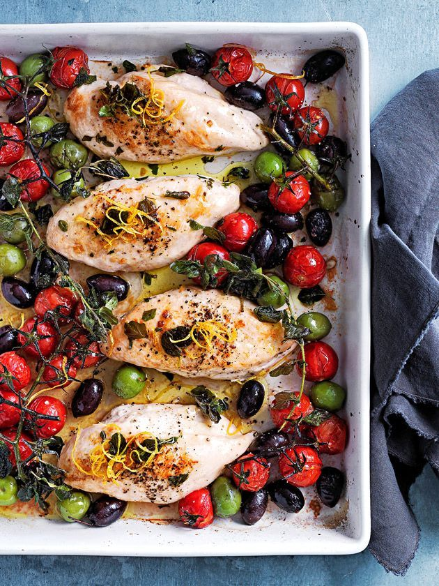 tray-baked chicken with tomato and olives