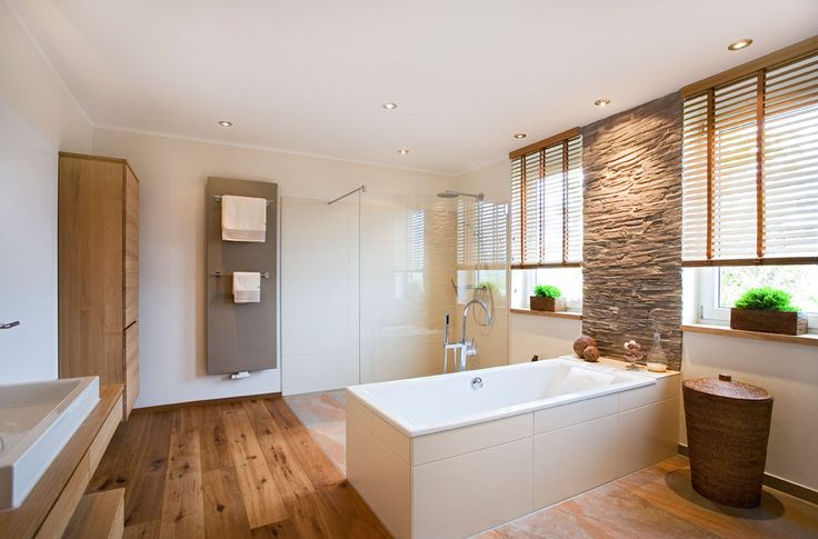 Badezimmer sanieren mit Holzboden, Waschtisch barrierefrei Bad - holz boden und decke modern interieur
