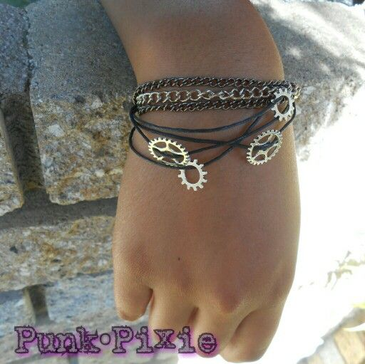 steam punk gear and chain bracelet by Punk Pixie